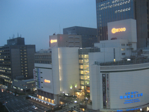 三宮交通センタービル10階にあるので、夜景がとても綺麗です