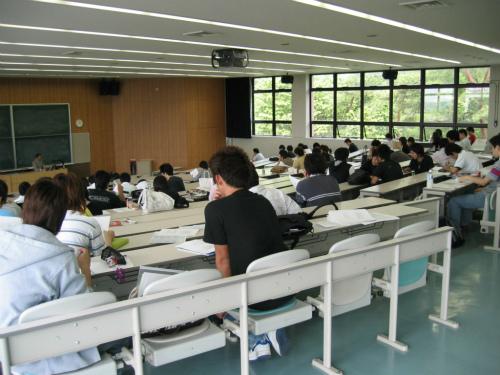 追手門学院大学にてベンチャー講座
