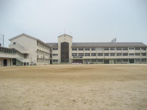 兵庫中学校