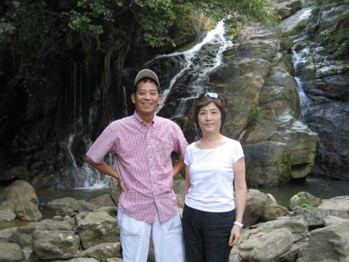 沖縄海岸国定公園運天森園地 轟きの滝