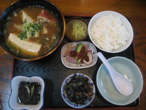 さしみ亭の定食
