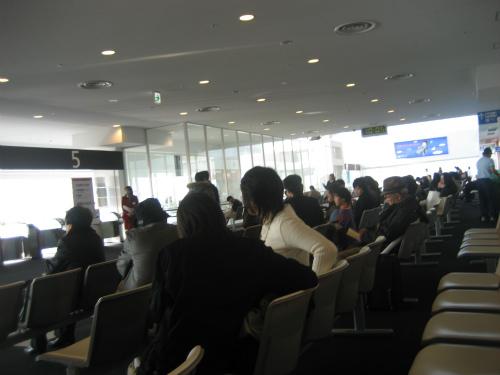 神戸空港の待合ロビー
