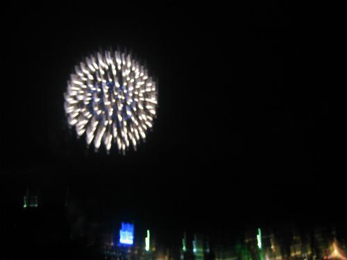 ホテルからの花火