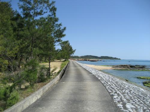 コンクリートの道