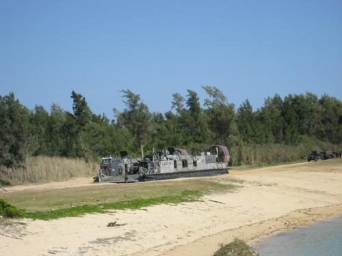 すぐ目の前で、米軍の公開訓練を見ることができました