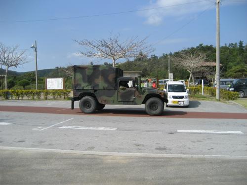 アメリカ軍の車両