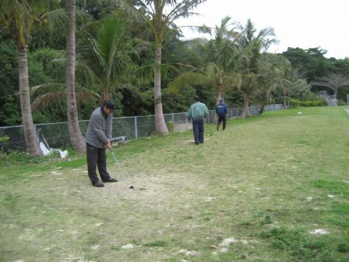 日曜日なので、皆さん、パターゴルフをしています