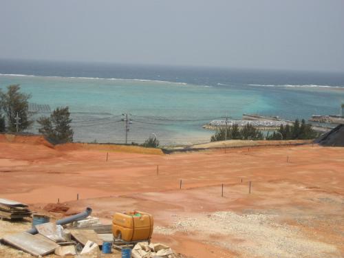 低層階からでも東シナ海が見えるようです