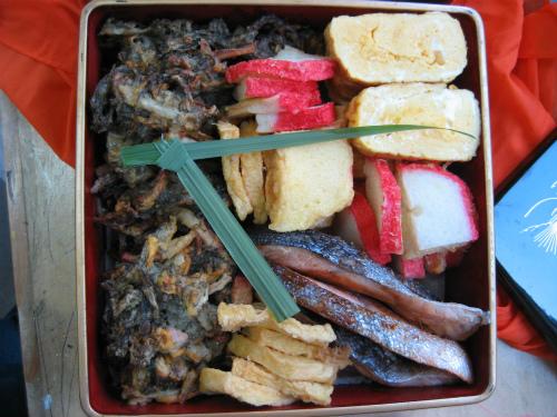 金城千賀子さんが作ってくれたお弁当には、「サン」が入っていました
