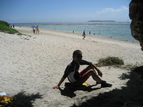 ベースキャンプに戻って、もう一度海に入ることにしました
