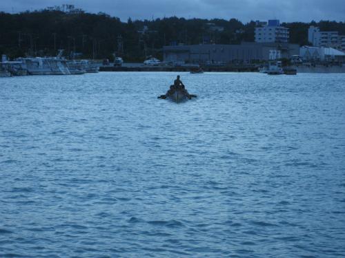 本土から沖縄にダイビングに来ている女性の藤井さんが参加です