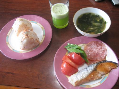 金城正則さんの家の朝ご飯
