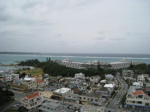 前兼久のムーンビーチの海
