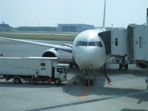 那覇空港から神戸空港へ