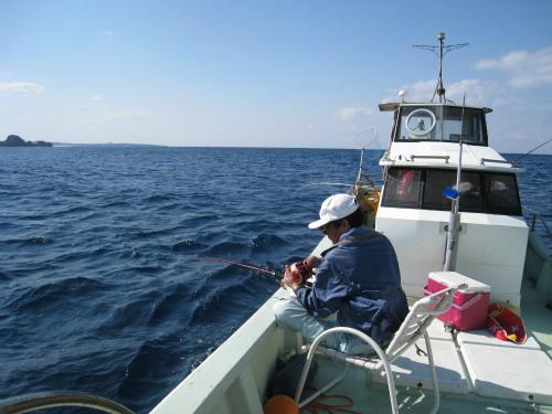 前兼久沖で釣
