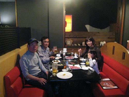 焼き肉「牛楽」で食事