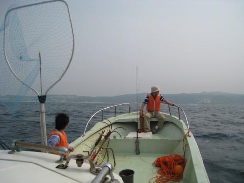 前兼久沖で釣り