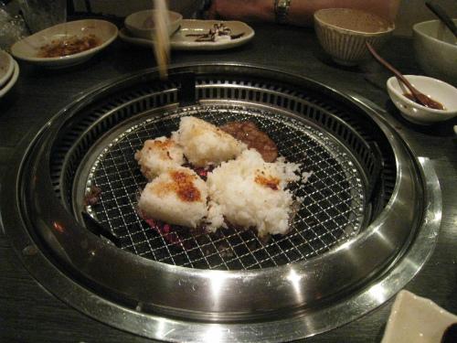 本格炭火焼き肉「琉球の牛」
