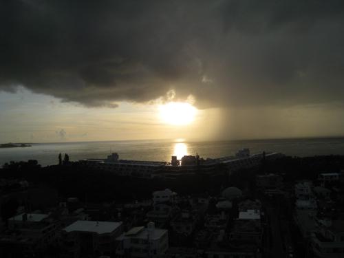 沖縄の習慣とお墓