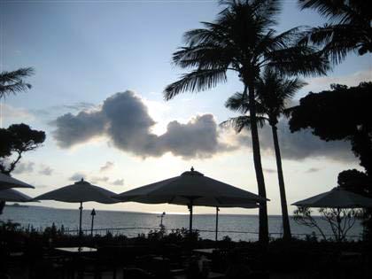 松葉博雄のいい写真撮りたいな:「沖縄恩納村ムーンビーチにて」
