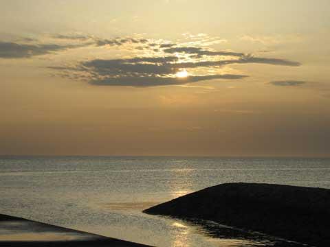 松葉博雄のいい写真撮りたいな:「東シナ海の夕暮れ」