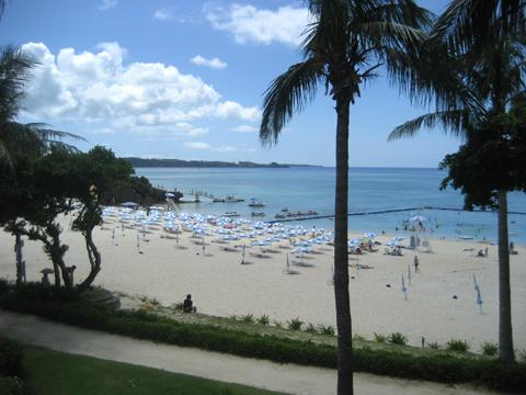 松葉博雄のいい写真撮りたいな:「ムーンビーチの砂浜であなたと過ごした一瞬」