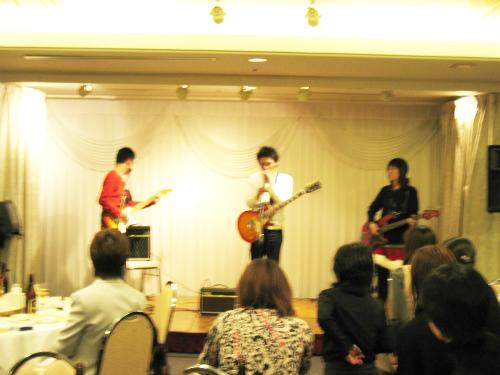 エレキギターの共演
