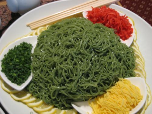東天紅の中華料理