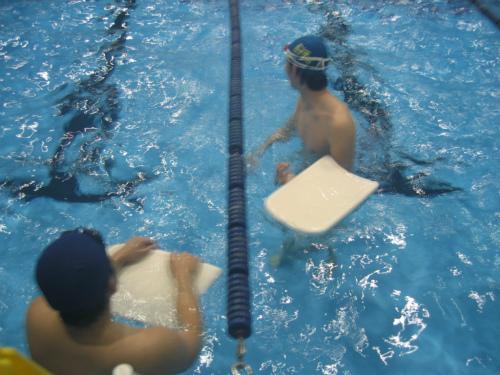 神戸商科大学水泳部の新春の練習