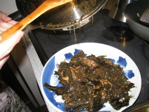 椎茸昆布煮と白菜の漬け物