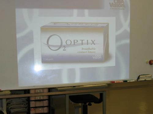 O2 オプティクス