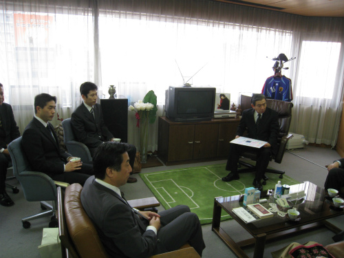 メニコン本社社長室訪問