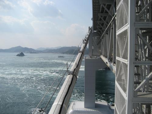 大鳴門橋が見えます