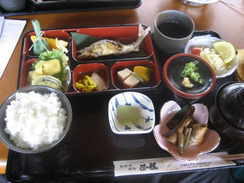 鮎料理「正起(しょうき)」