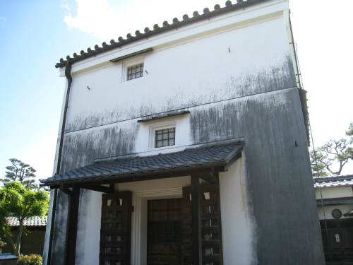 伝統的建造物群保存地区・新町通り